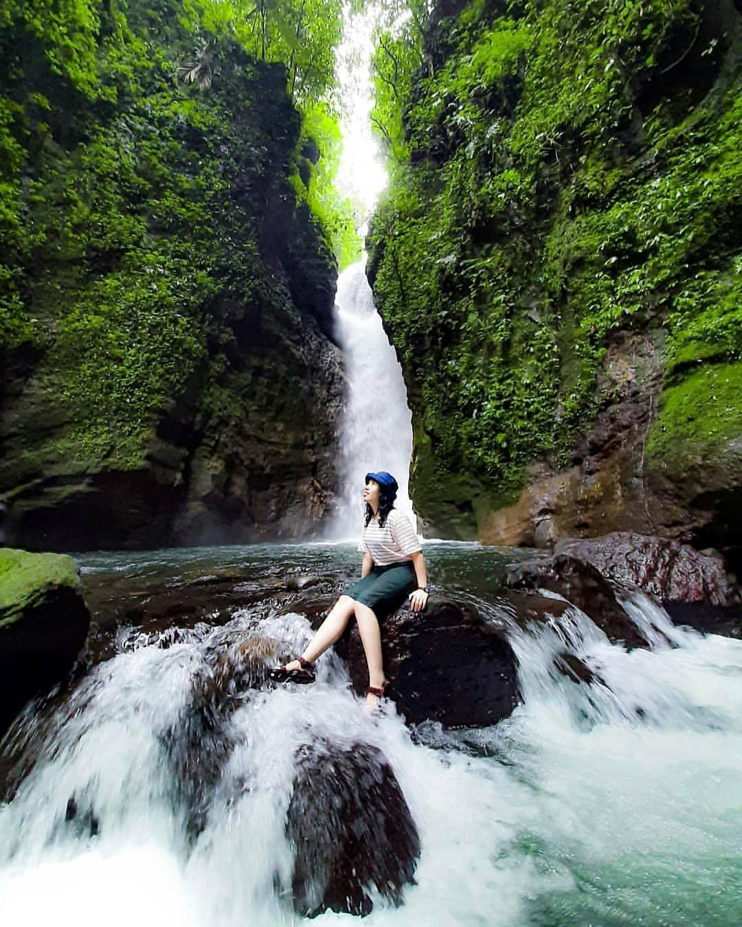 Bermain Air Di Curug Walet Bogor Image From @dede_ulut