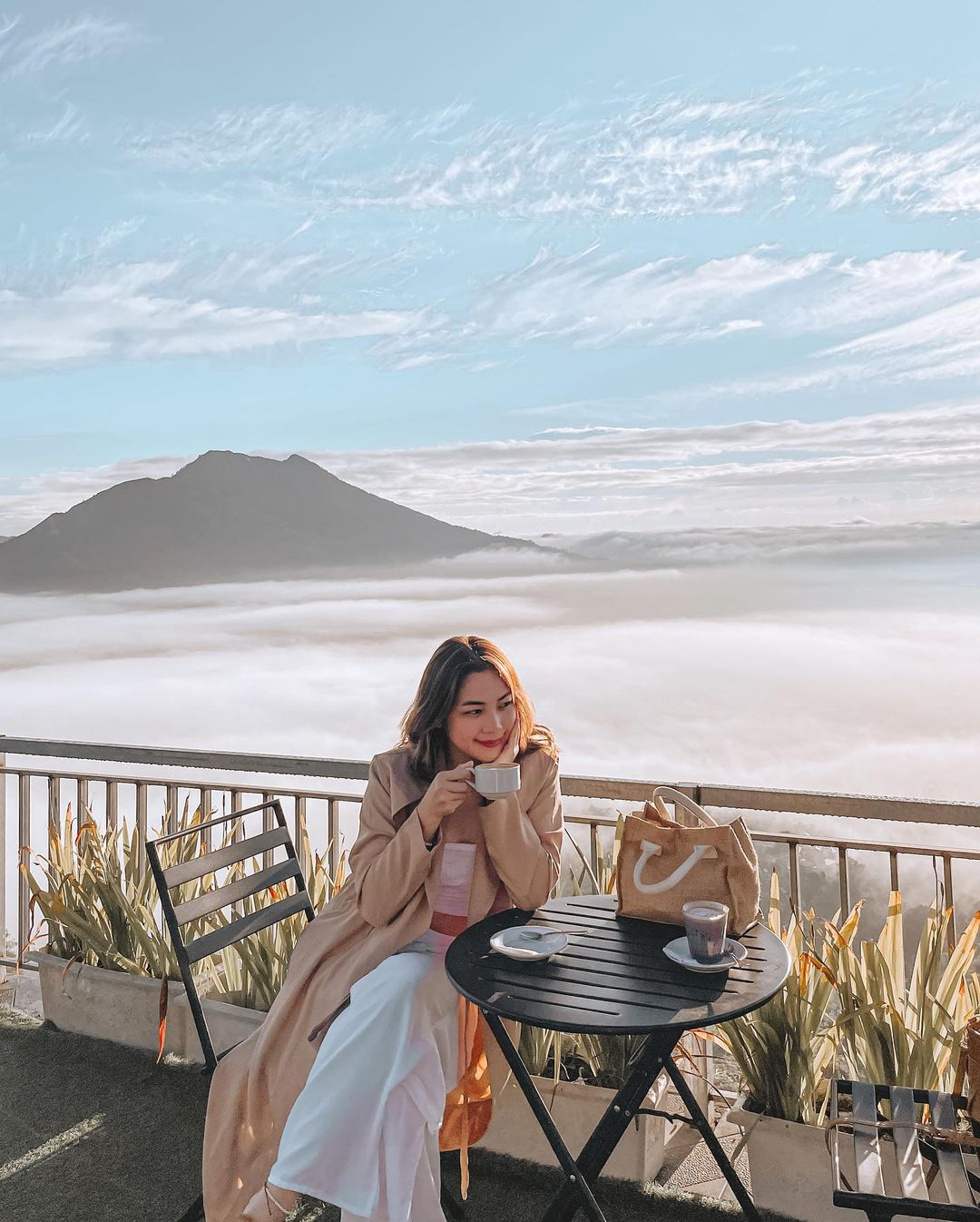 Bersantai Di La Vista Coffee Kintamani Image From @claraxintia