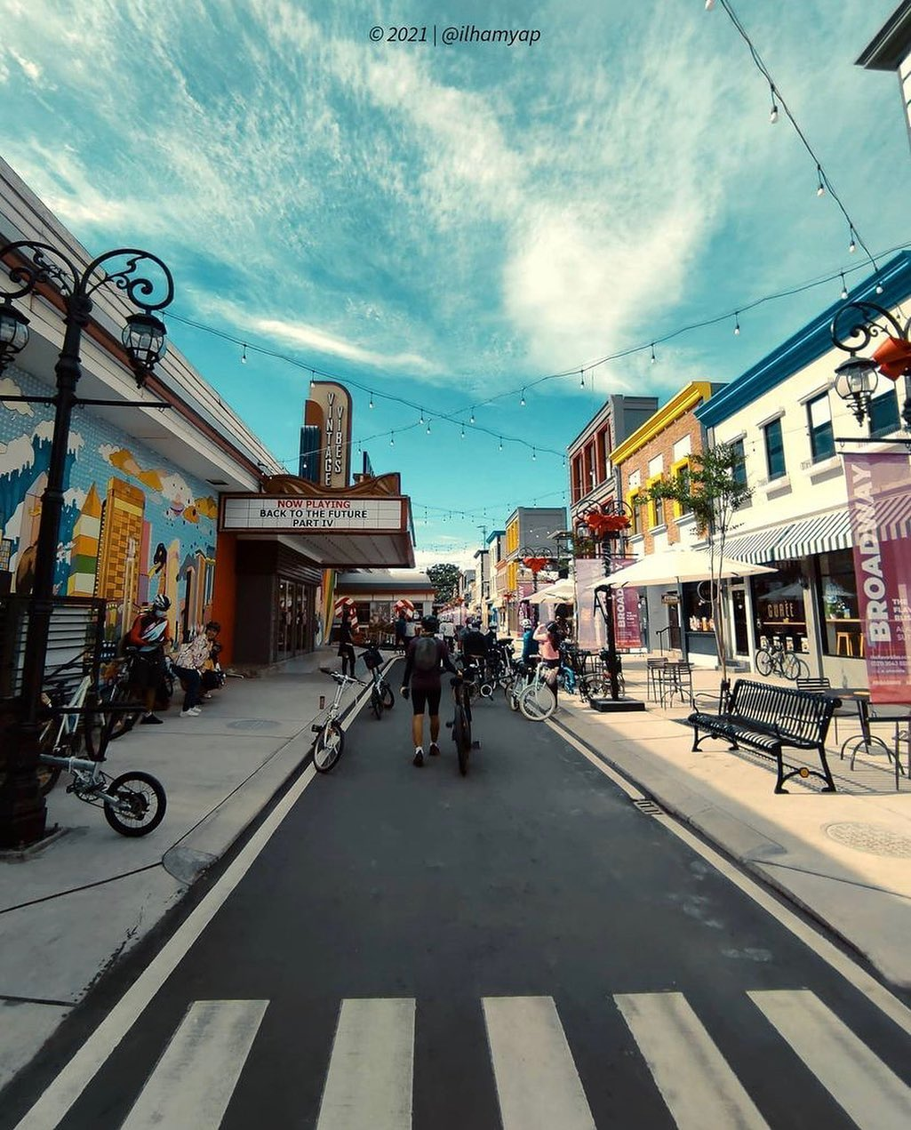 Jalan Di Broadway Tanggerang Image From @tangsel Info_