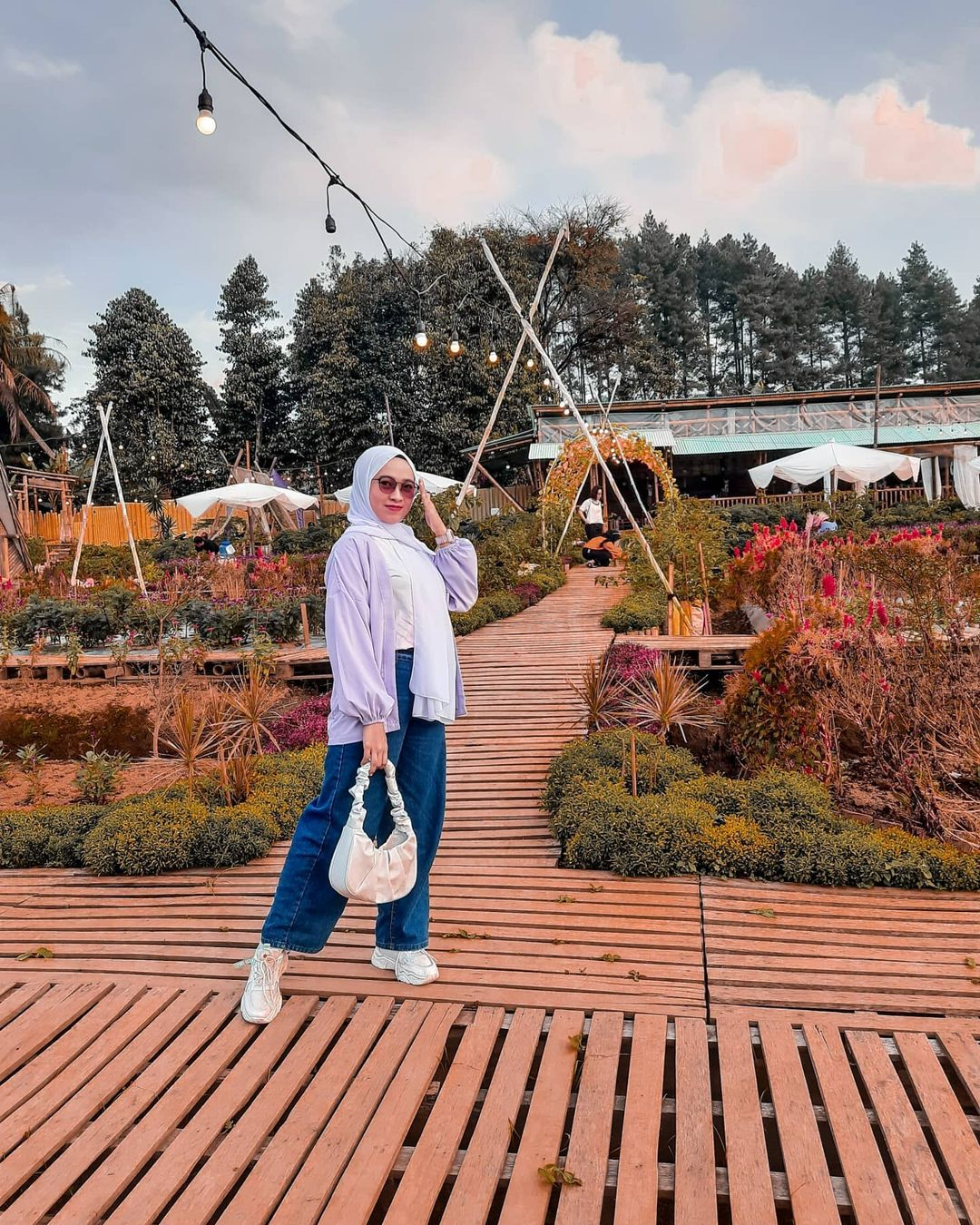 Jalanan Kayu Di Tapos Garden Image From @desirs10