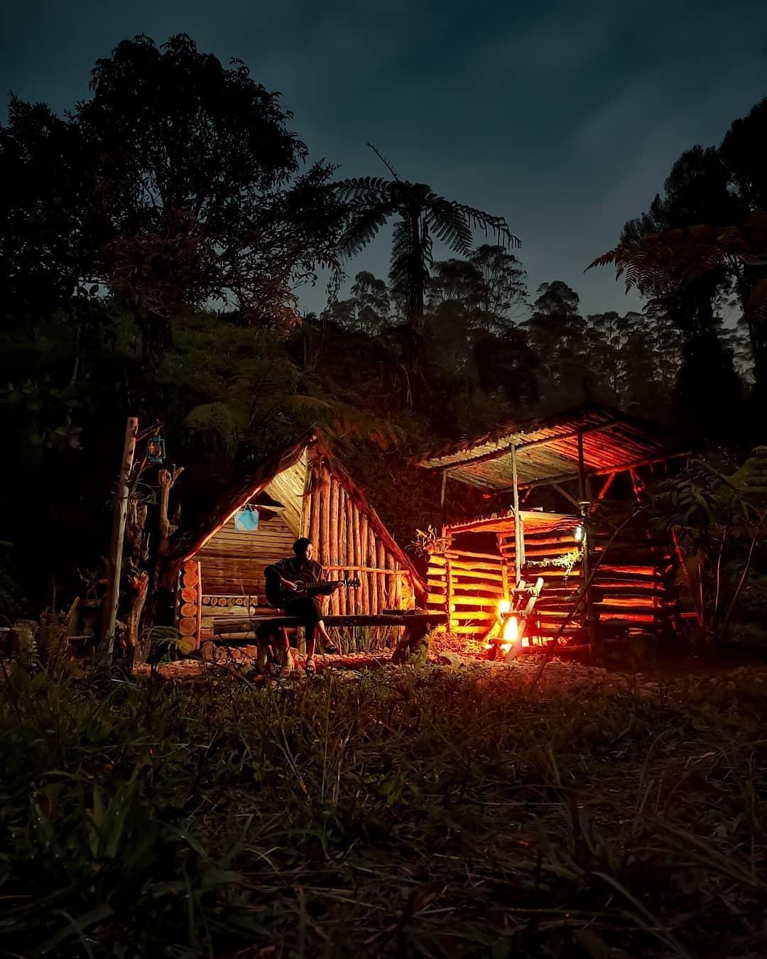 Kemah Di Riung Gunung Pangalengan Image From @wisatapangalengan