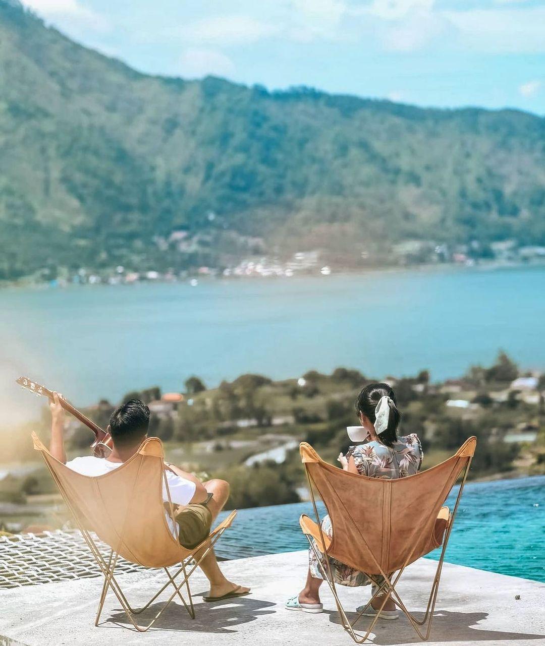 Menikmati Pemandangan Dari Sunrise Hill Camp Bali Image From @adrian Pardede