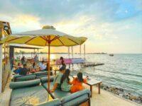 Pemandangan Pantai Di La Playa Cafe Semarang Image From @travelokaeats
