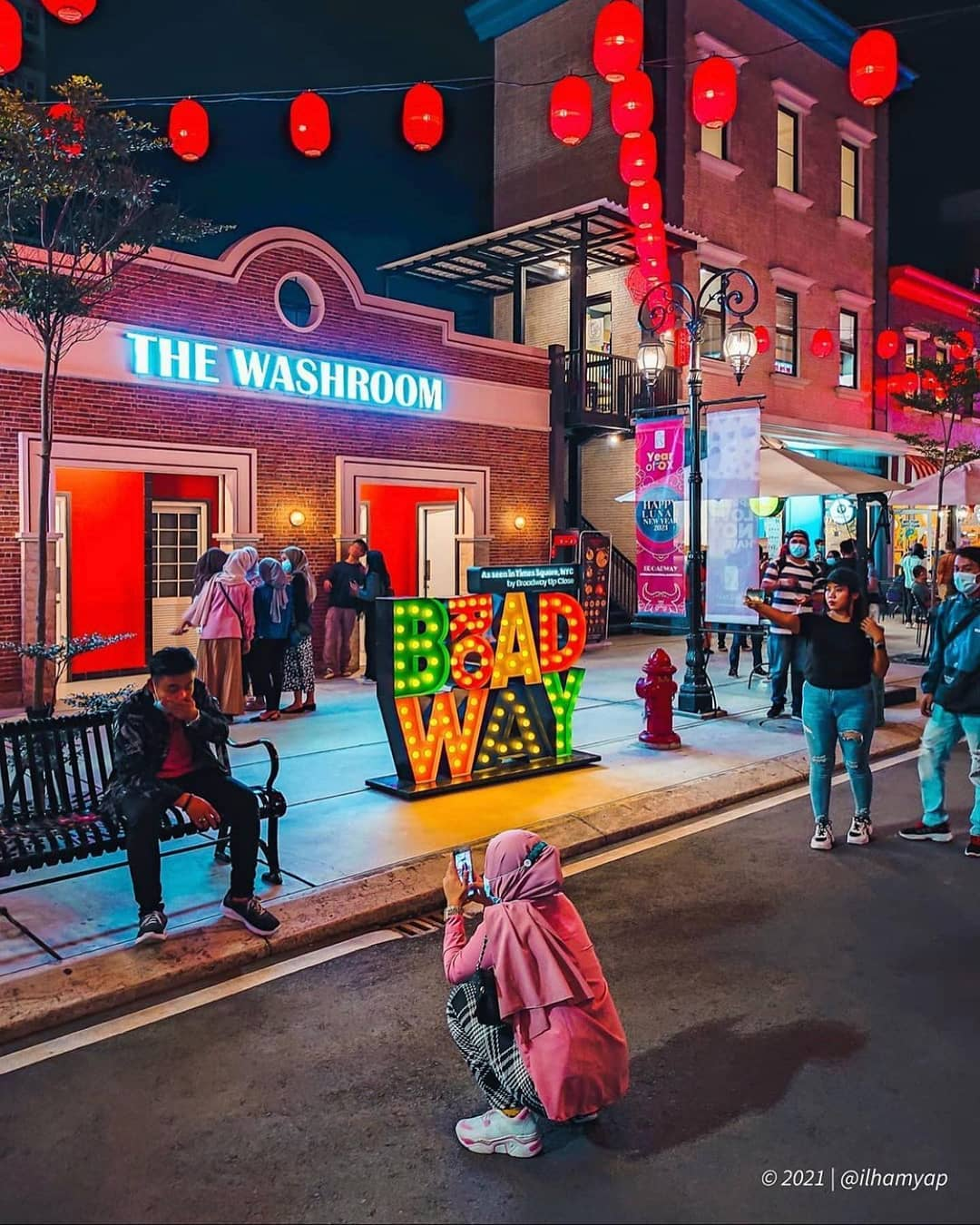 Suasana Pengunjung Di Broadway Alam Sutera Tanggerang Image From @duniatangerang