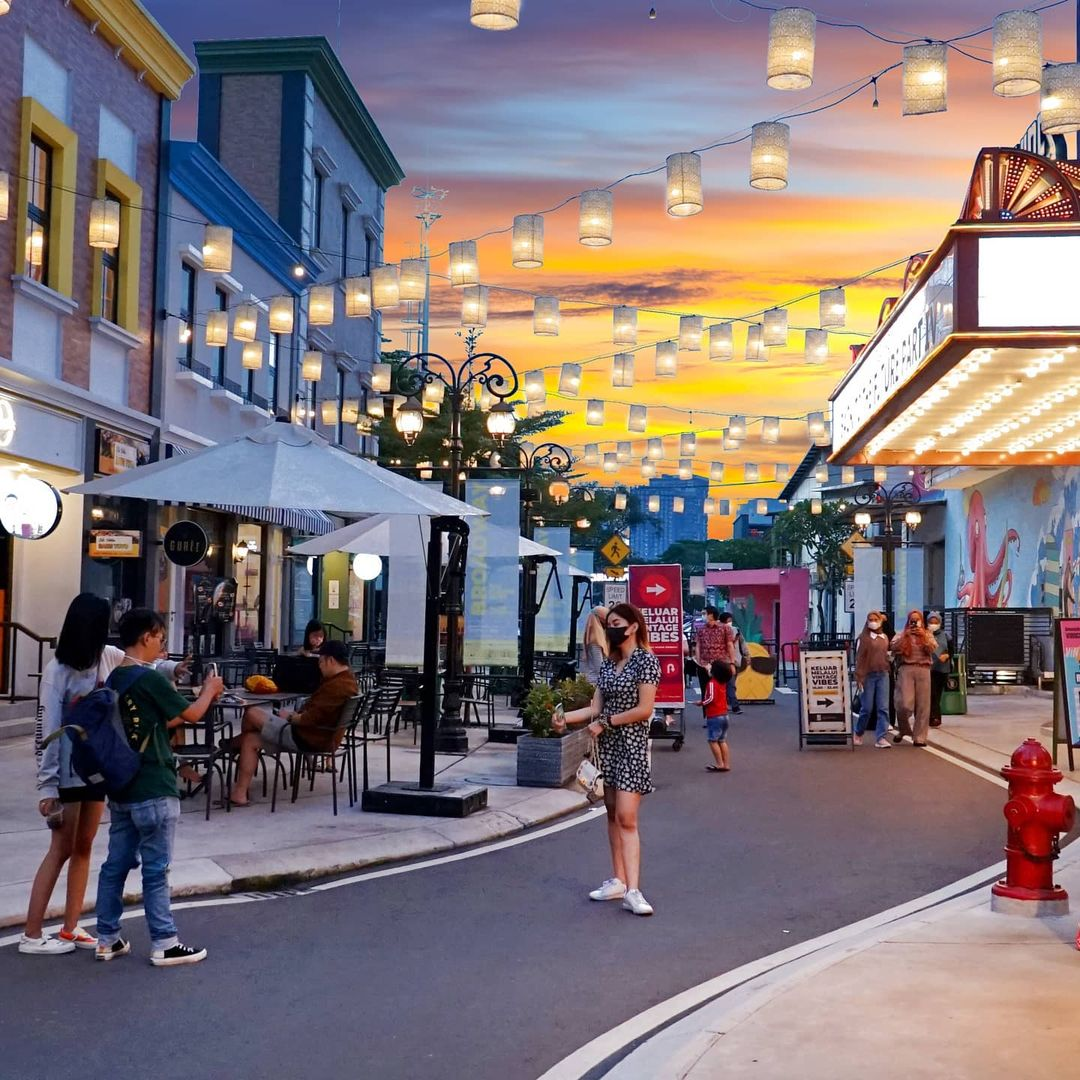 Sunset Di Broadway Alam Sutera Image From @kupu Escapade