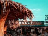 Tempat Duduk Yang Ada Di Rolet Cafe Jepara Image From @tegarsp88