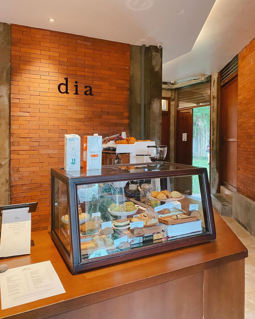 Tempat Memesan Di Cafe Dia Jakarta Image From @vanissakaris