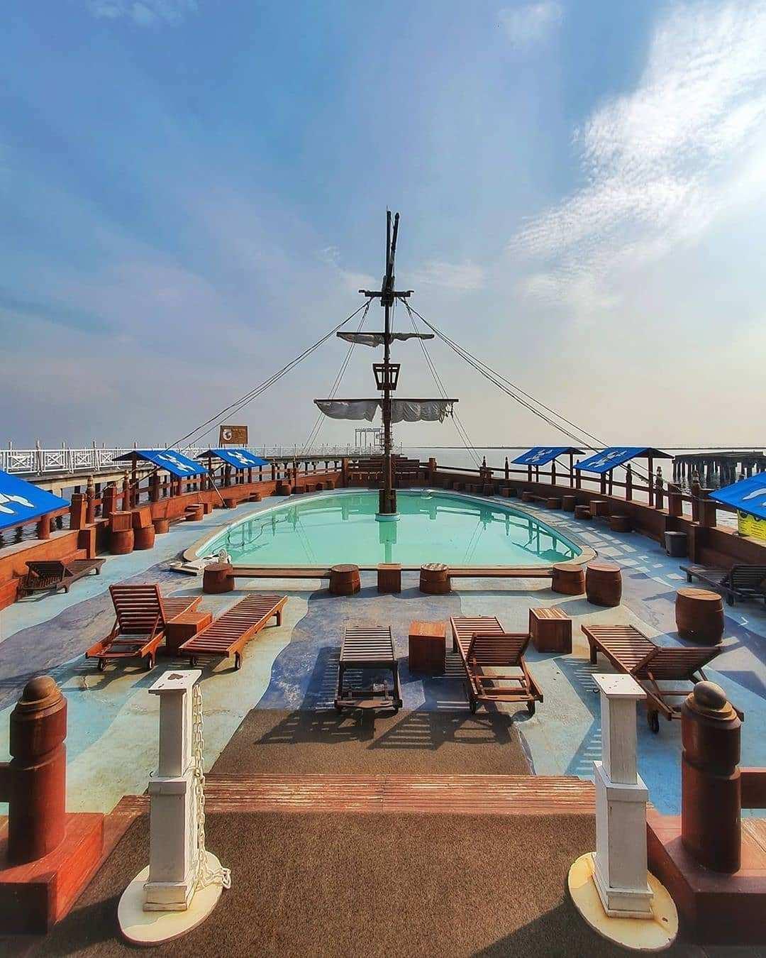 View Kapal Di Nyiur Resto Ancol Image From @jejaksultan