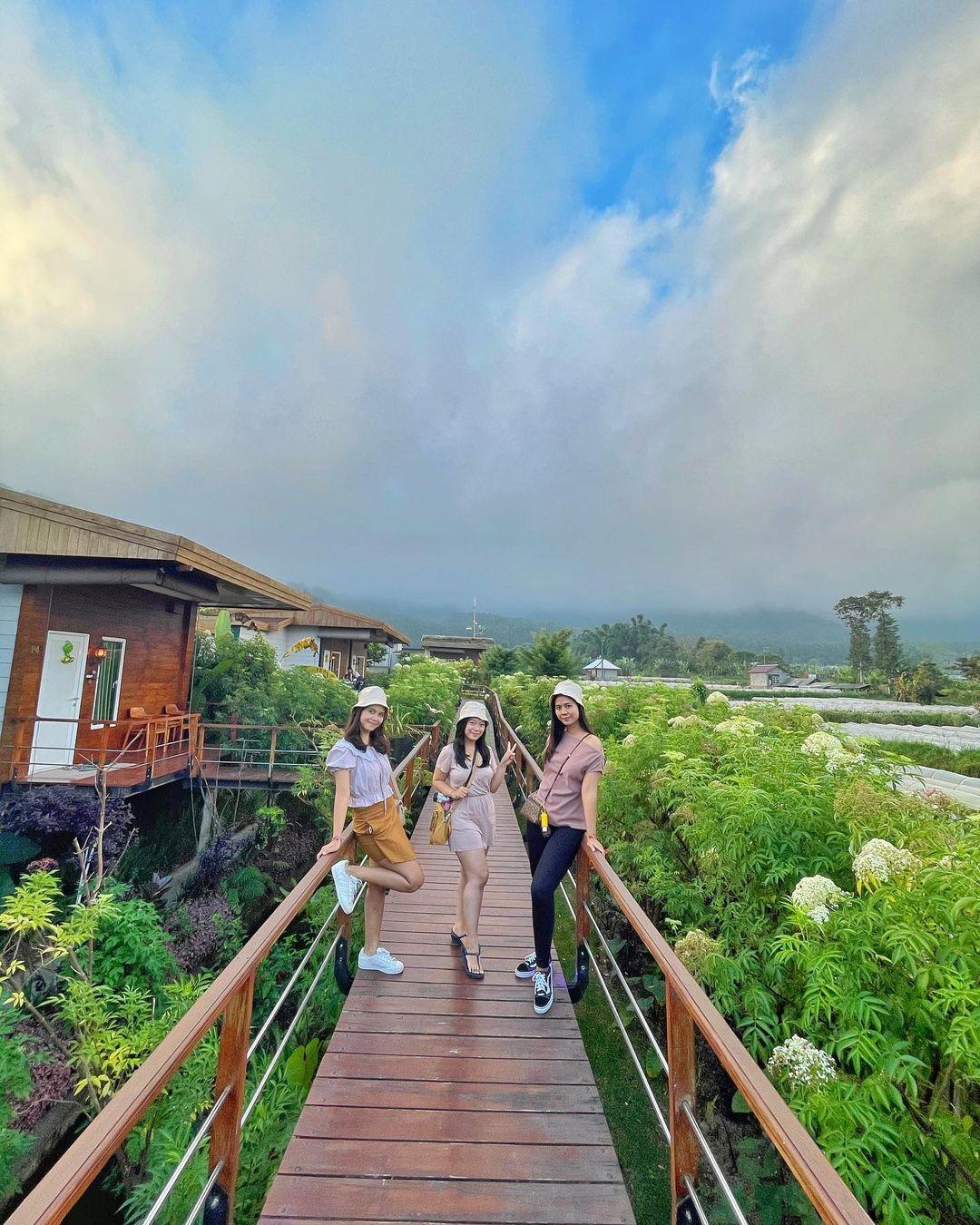 Berfoto Di Pondanu Cabins By The Lake Bedugul Bali Image From @risnaandrianii