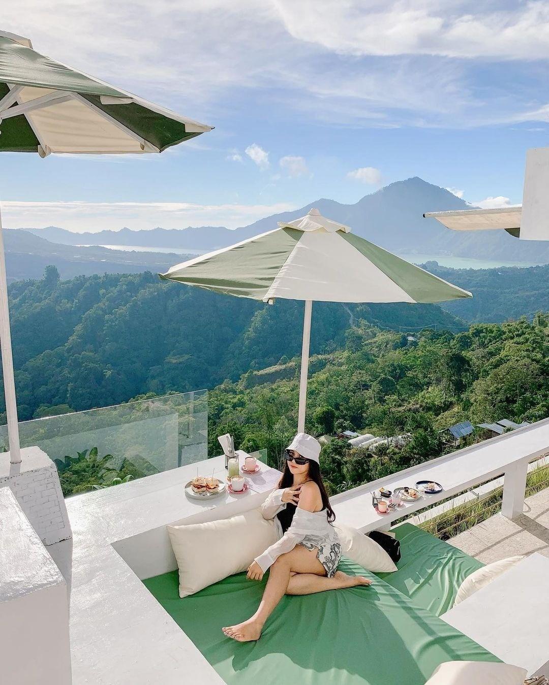 Foto Di Paperhills Cafe Bali Image From @itadesilia