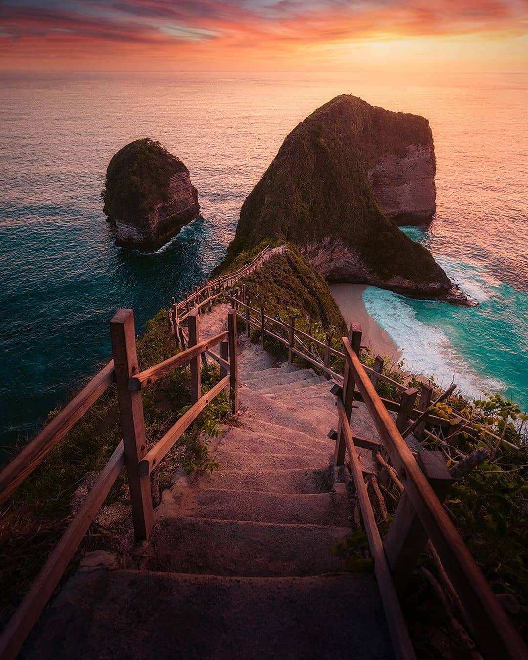 Kelingking Beach Nusa Penida Image From @pantaikelingking