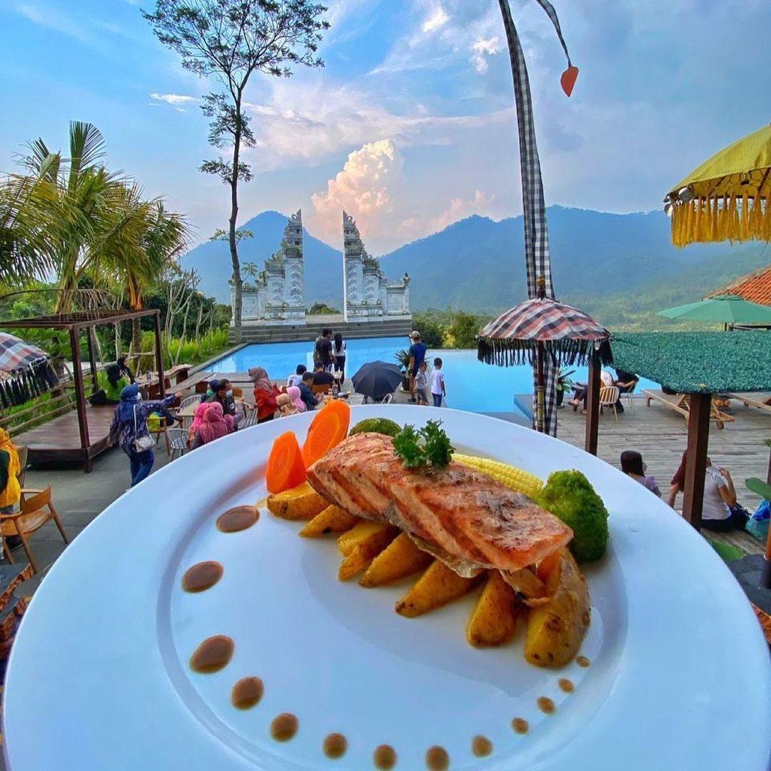 Makanan Di Mandapa Kirana Sentul Image From @hotelresortid