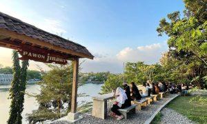 Suasana Pengunjung Pawon Jinawi Jogja Image From @diskondijogja