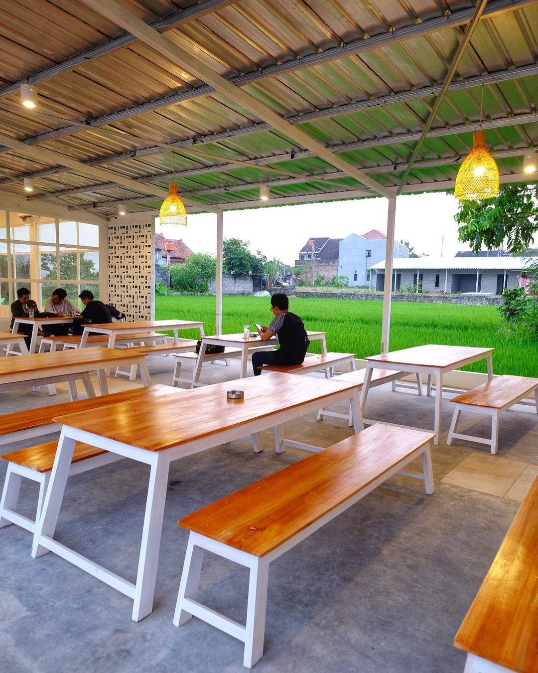 Suasana Di Cafe Nilu Kopi Jogja Image From @jogja24jam
