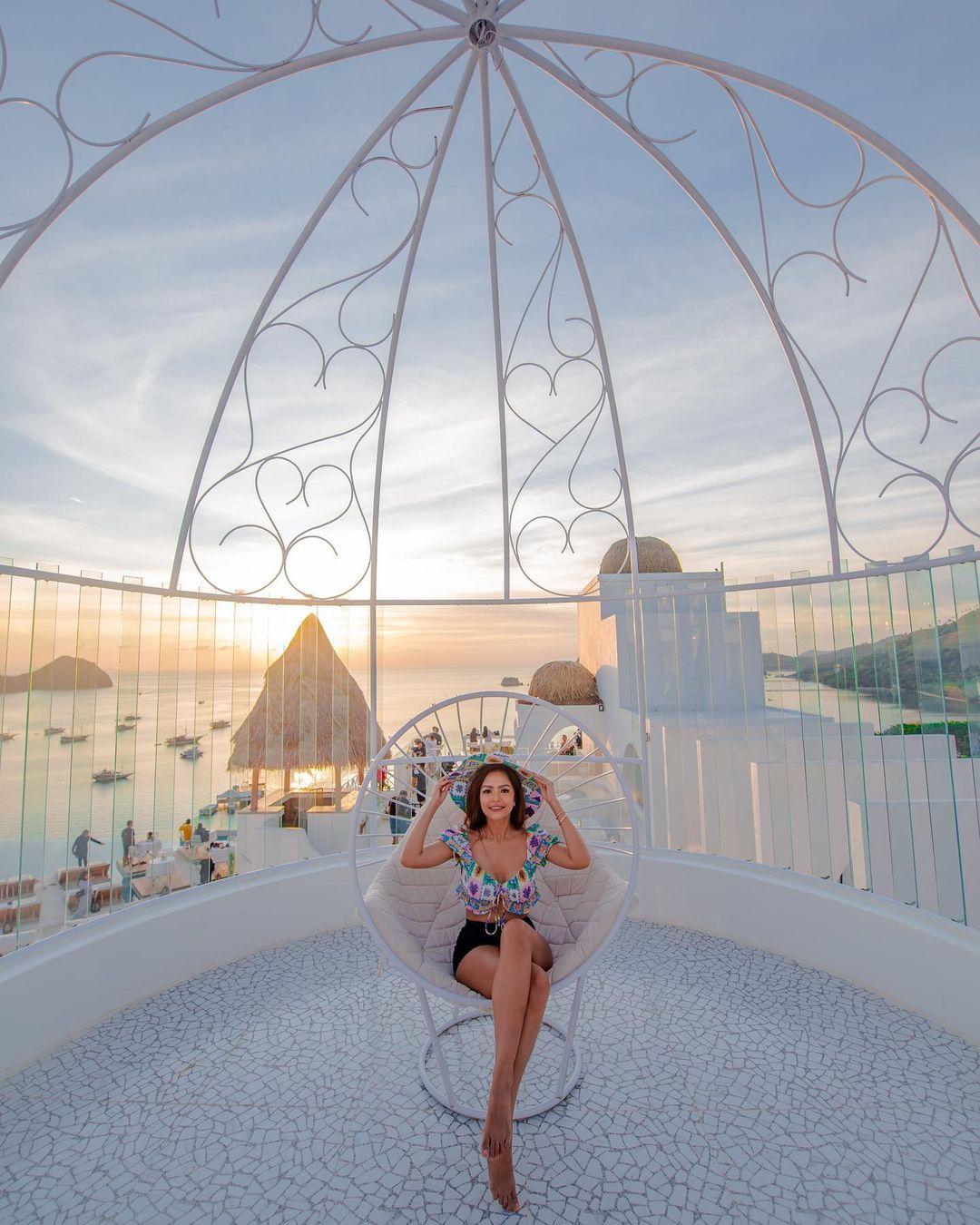 Sunset Di Loccal Collection Hotel Labuan Bajo Image From @dj_yasmin