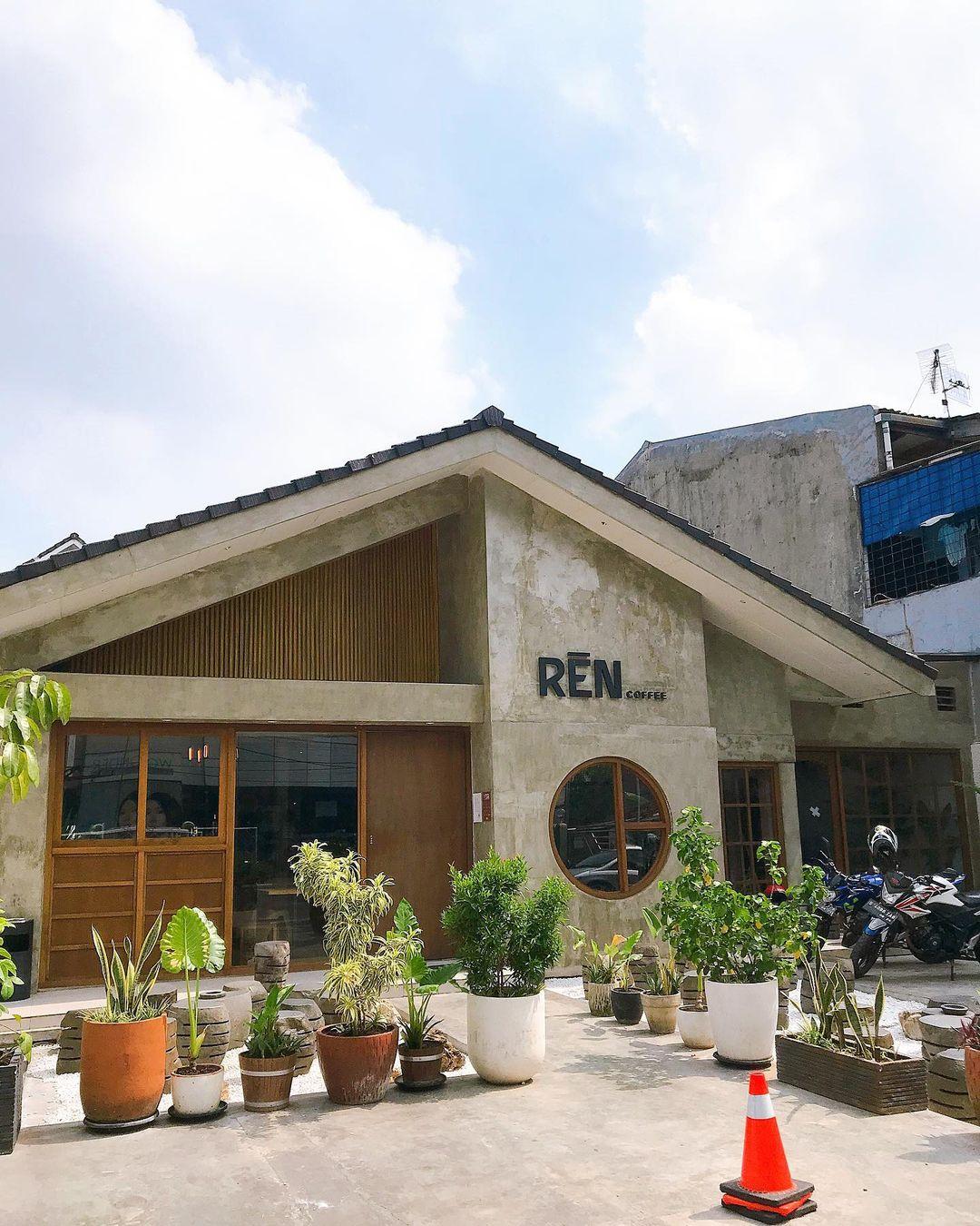 Bagian Depan Ren Coffee Tebet Image From @_yudistira