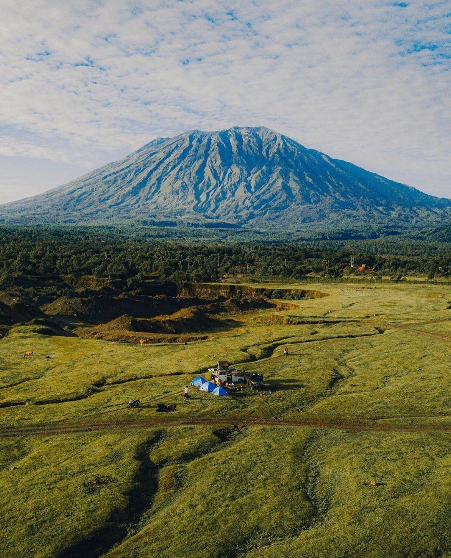 Savana Tianyar Bali Dilihat Dari Atas Image From @arwildvs