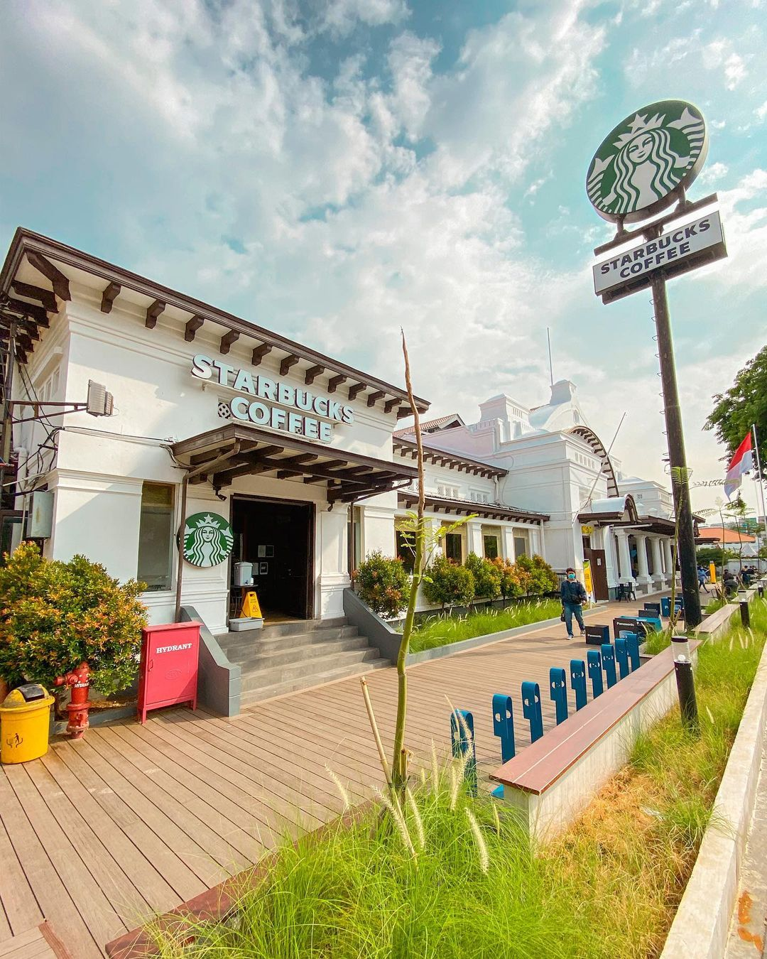 Starbuck Di Kawasan Pos Bloc Jakarta Image From @jkt Spot_